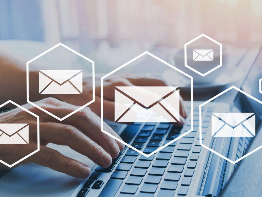 Kunden über Angebote per E-Mail informieren